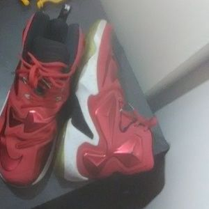 Nike Shoes - Labron